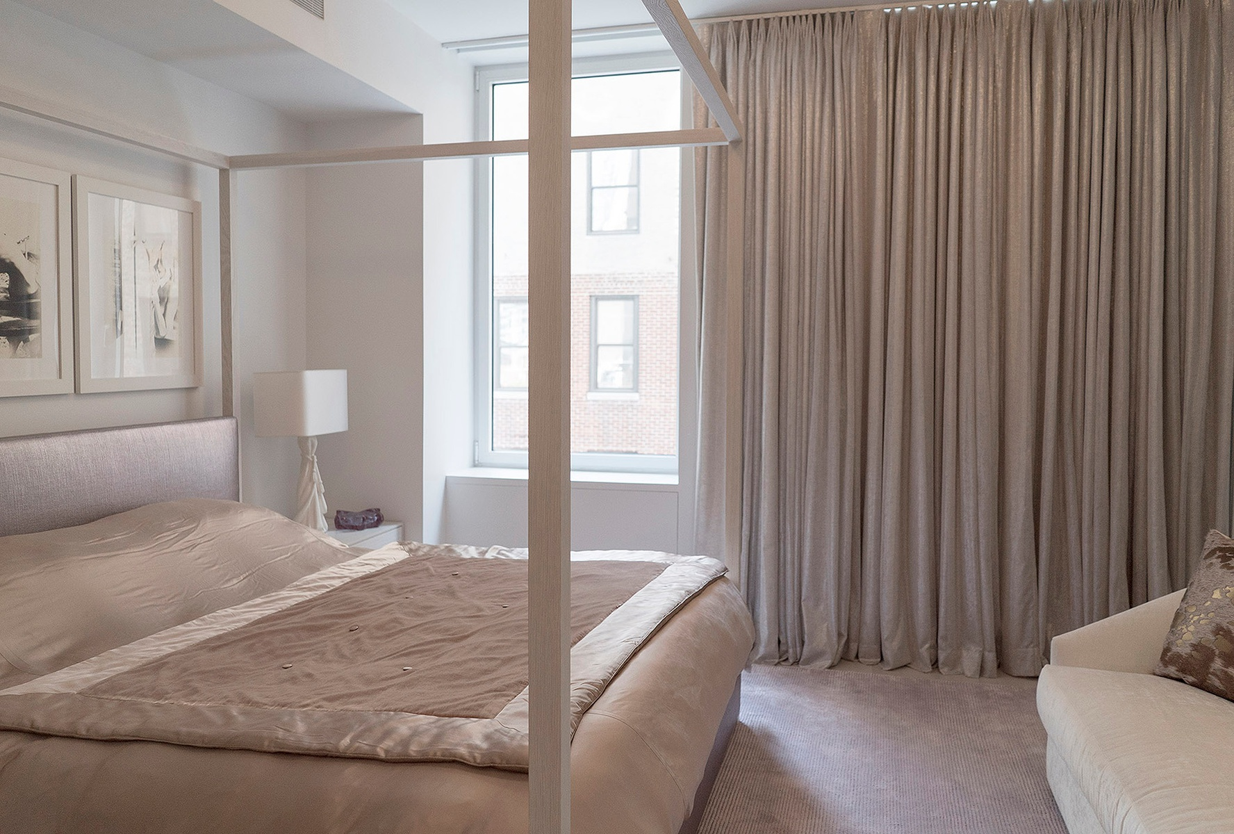 Designer renovated three bedroom chelsea apartment 3 br for 1250 broadway 30th floor new york ny 10001